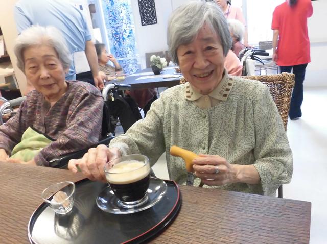 ほのぼのカフェで優雅なひと時を!
